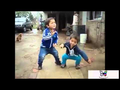 Приколы дети мира танцуют
