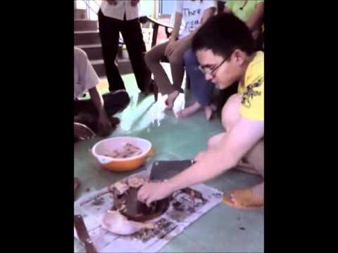 CP201011L cắt thịt gà ... ^^.avi