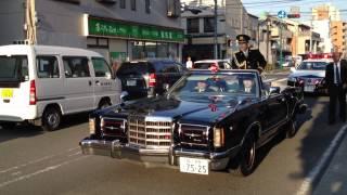 2012年4月9日、小田原警察一日署長の柳沢慎吾さんの交通安全パレードにて。