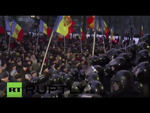 LIVE: Violent protests continue in Chisinau, Moldova