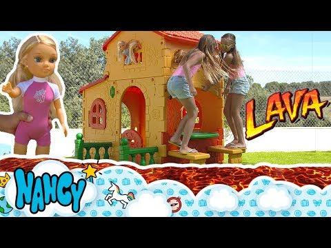 EL SUELO ES LAVA 🔥 NANCY CHALLENGE, Juego The floor is lava 🔥 en la piscina con todas las Nancys