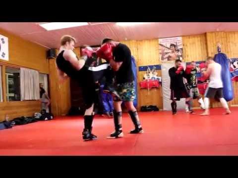 Fight Academy Song Paderborn - Thaibox-Seminar Mit Daniel Dörrer