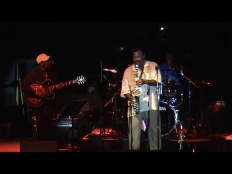 Ronnie Laws -  Always There - Live (Detroit)