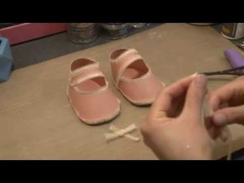 Making Baby Shoes Out Of Paper
