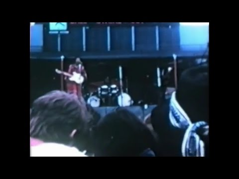 (Synced) The Jimi Hendrix Experience - Live At The Seattle Sick's Stadium - July 26th, 1970