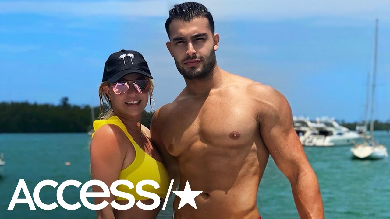 Britney Spears Soaks Up The Sun In A Bikini During Miami Vacay With 'Amor' Sam Asghari!