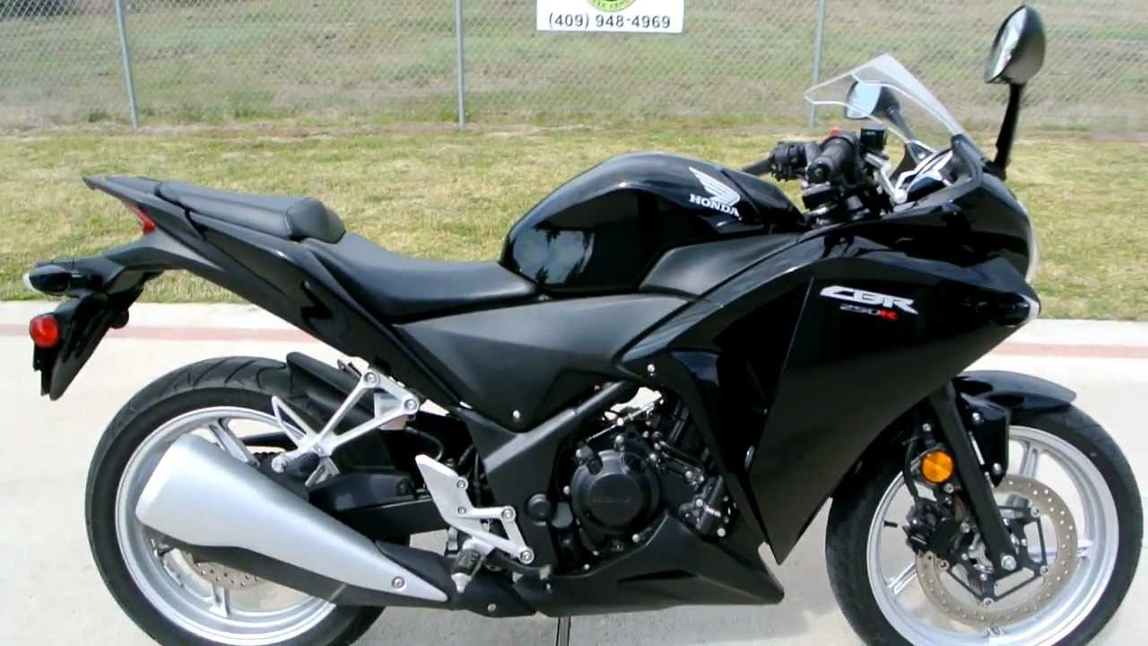 2011 Honda Cbr250r In Black Overview And Review Youtube