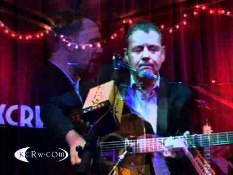 """David Gray performing """"Kathleen"""" Live at KCRW's Apogee Sessions"""