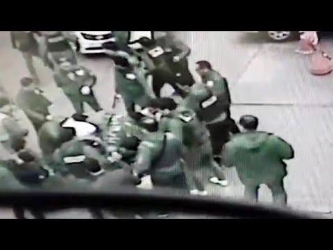 경찰 앞에 무릎 꿇은 조폭…광주 7개파 35명 검거 / 연합뉴스TV (YonhapnewsTV)