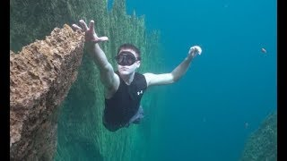 Download Falling Off An Underwater Cliff