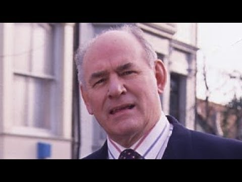 EastEnders - Roy Evans's Heart Attack (13th March 2003)