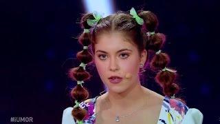 """Marea finală """"iUmor""""! Ioana Roman i-a hipnotizat pe toți cu un număr de stand up comedy!"""