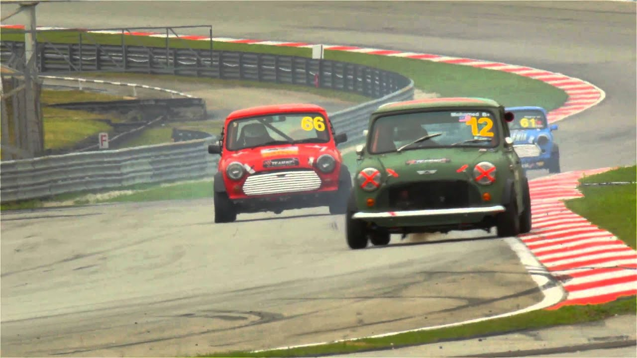 Mini Cooper Classic Cars Racing On Sepang Track Youtube