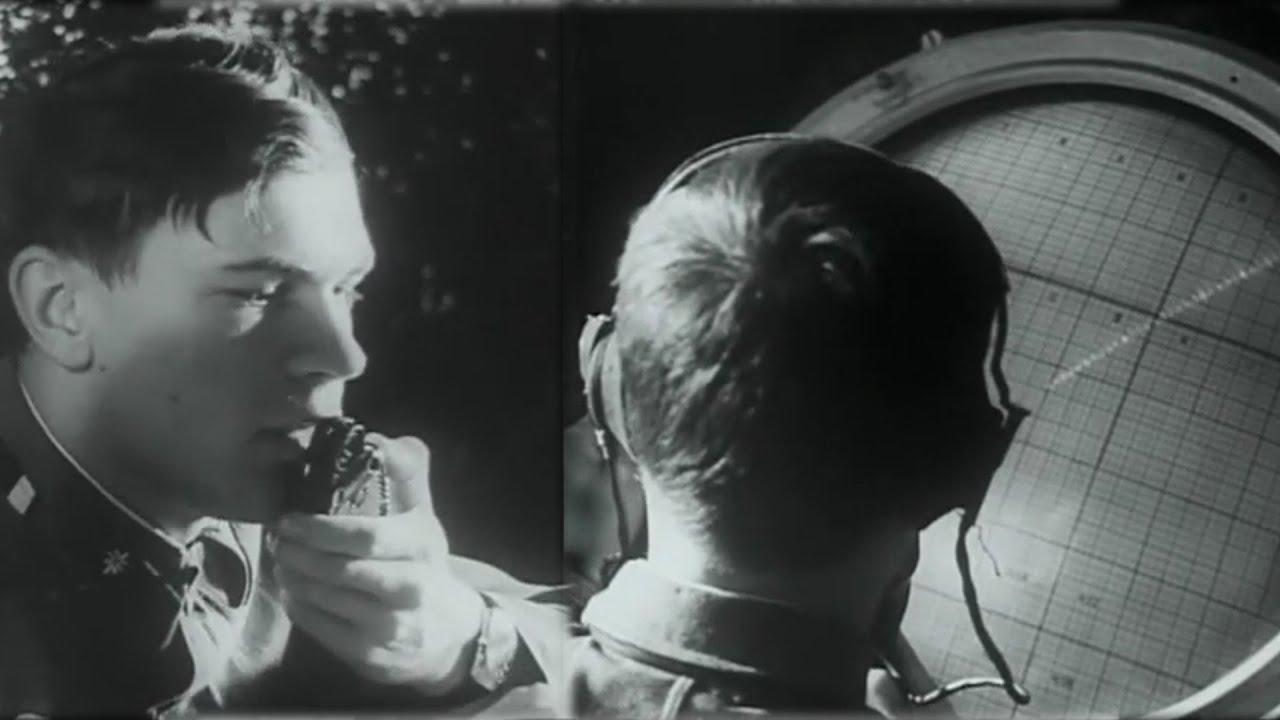 Полярник переживает за семью прохорова и просит романенко отпустить курсанта домой.