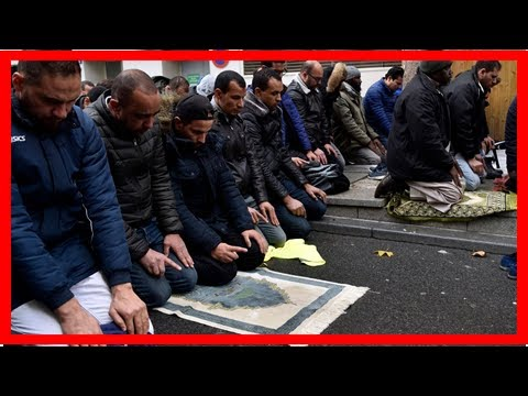 News-France would prevent Muslims praying in the street