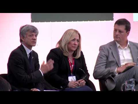 Education Britain Summit 2016 - Future of School system panel