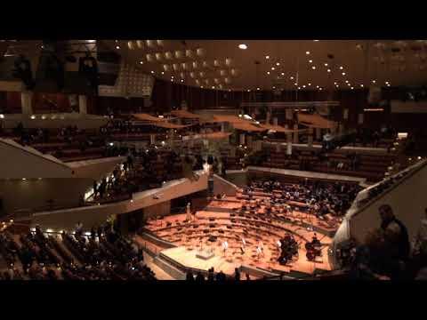 Симфонический оркестр в Филармонии Берлина!