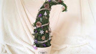 видео Как сделать елку из макарон своими руками за полчаса?