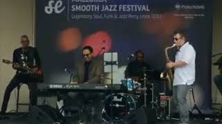 Manning Ryan performs Top Down at the  Mallorca Smooth Jazz Festival