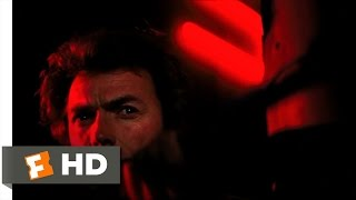 Dirty Harry (5/10) Movie CLIP - Rooftop Shootout (1971) HD