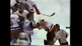 lanny mcdonald vs billy smith