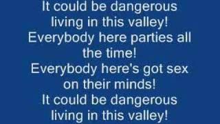 The Kelly Affair - Be Your Own Pet - Lyrics