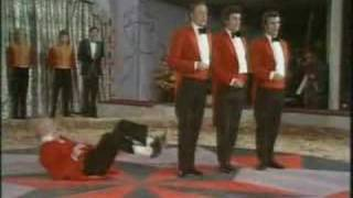 The Fox Has Left Its Lair - Denny Willis & Quorn Quartet | Funny Video