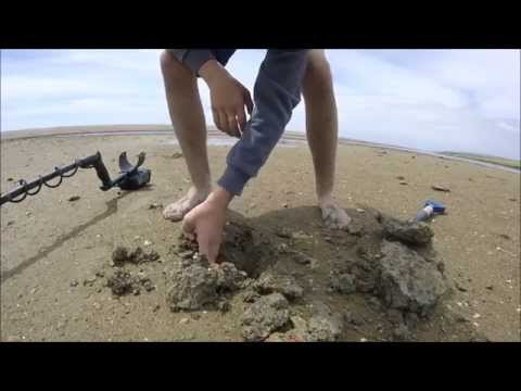 WW2 Beach Metal Detecting Day 2 (45) UK