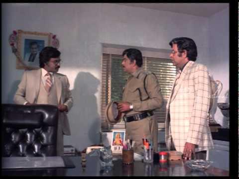 Nallavanuku Nallavan | Tamil Movie | Scenes | Clips | Comedy | Songs | Rajni tackles labour strike