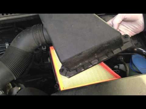 VW Polo 1.2 Air Filter change