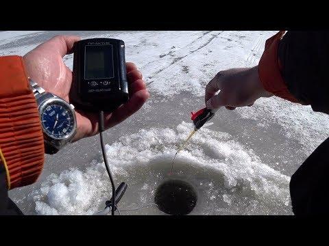Как пользуются эхолотом зимой