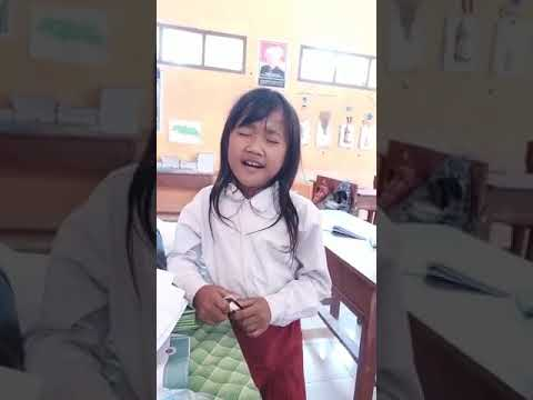 Viral Anak SD Asal Situbondo Sangat Merdu Menyanyikan Lagu Dangdut