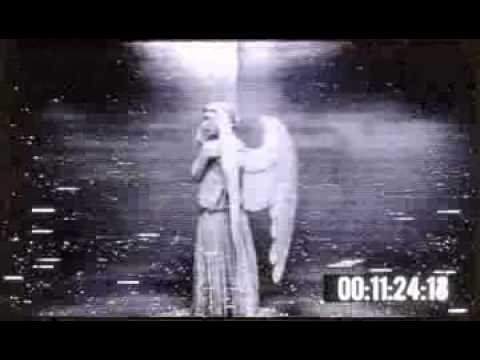 Doctor Who - The Weeping Angel - YouTube