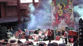 The Black Angels - Young Men Dead - live Red Rocks July 10, 2013
