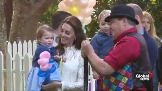 Video Princess Charlotte and Prince George watch balloon maker at children's party download MP3, 3GP, MP4, WEBM, AVI, FLV Juni 2018