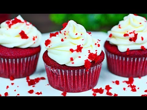 super-moist-red-velvet-cupcakes---how-to-make-the-best-red-velvet-cupcakes-recipe