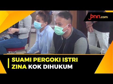 Perdana, Vicky Prasetyo Hadiri Sidang Kasusnya dengan Angel Lelga