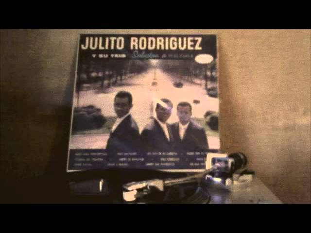 Julito Rodriguez y su Trio - Los Ejes de mi Carreta Travel Video
