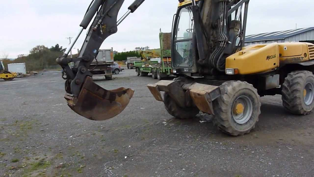 pelle sur pneus mecalac 12 mxt mecalac 12 mxt wheeled excavator youtube. Black Bedroom Furniture Sets. Home Design Ideas