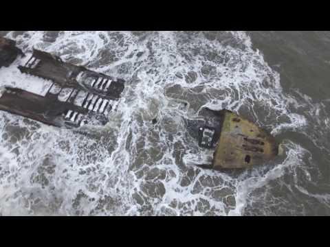 SS Palo Alto, Big Waves @ Seacliff Beach. 1-21-207 Aptos, CA