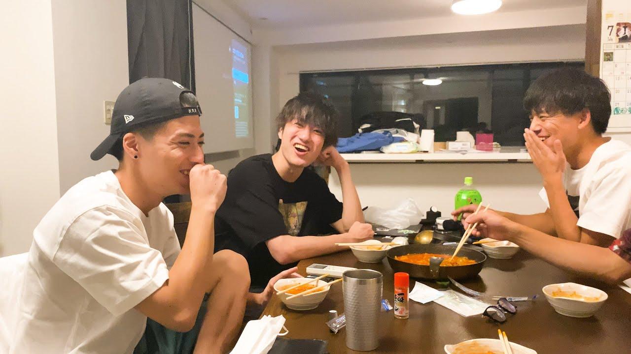 タダでもらった韓国のなんとか鍋食いながら色々話す