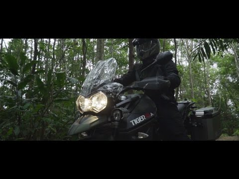 A DAY IN A TRIUMPH LIFESTYLE WITH TIGER 800 XCa
