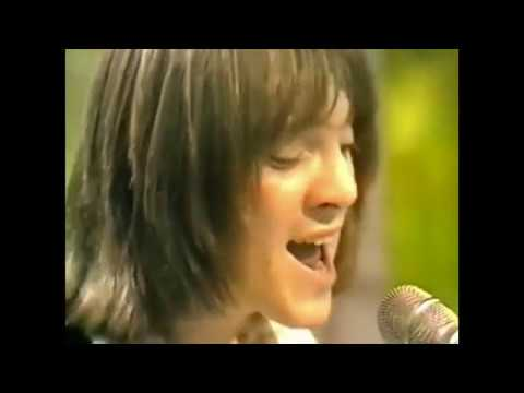 Steve Marriott talks about Small Faces - splitting up and who wrote the hits...