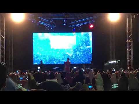 Tak bisa memilihmu- Sixth Sense live at FESKO60