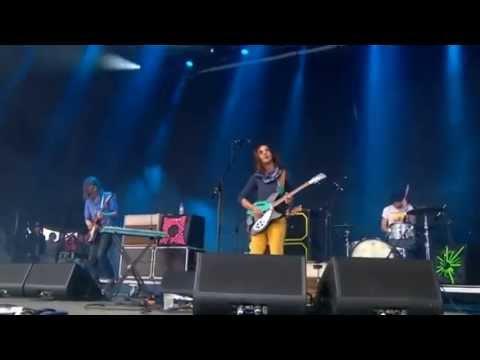 Tame Impala Led Zeppelin Intro + Solitude is Bliss Glastonbury 2013
