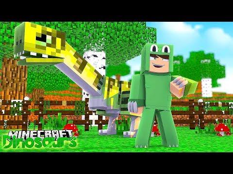 FIRST EVER DINOSAUR IS BORN! - Minecraft Dinosaurs w/ Little Lizard