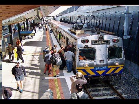 Farewell train tour of Melbourne's Hitachi EMU trains