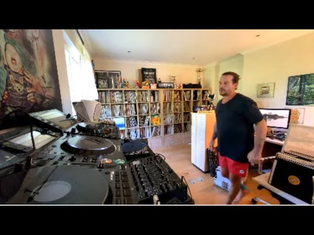 Luciano Living Room Session Part.42 (07.05.2020)