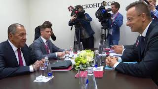 Смотреть видео С.Лавров и П.Сиярто, Санкт-Петербург, 25 мая 2018 года онлайн
