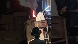 Viznitzer Rebbe Lighting The Fire Lag Baomer 5781
